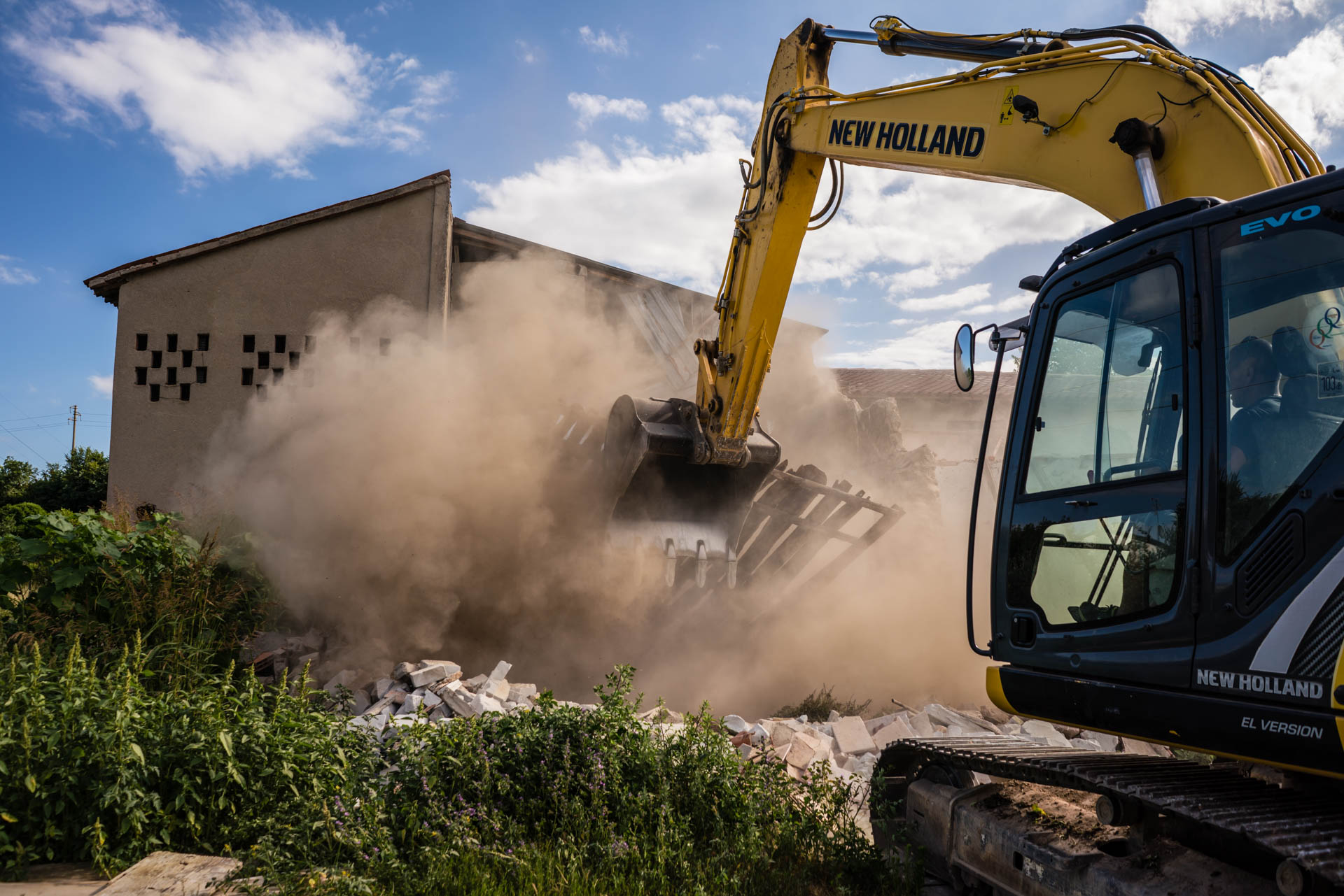 Sartori Fratelli - Demolizioni rapide - Verona, Mantova e province limitrofe